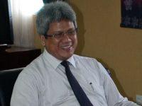 Rektor Umrah Bantah Paksa Dekan FE Mundur