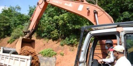 Pulang Kampung, Isdianto Resmikan Beberapa Proyek Fisik