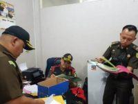 Jaksa Geledah Rumah Plus Ruang Kerja Pejabat Pemko Tanjungpinang
