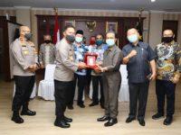 Pimpinan DPRD Kepri Silaturahmi Bersama Kapolda