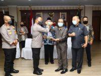 Pimpinan DPRD Kepri Silaturahmi Plus Audiensi Dengan Kapolda