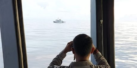 KN Nipah 321 Usir Kapal Coast Guard China di Laut Natuna Utara