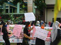 Aksi Unjuk Rasa di Lobam 2 Orang Reaktif