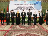 Ansar Ahmad Lantik 6 Pejabat Eselon II Pemprov Kepri