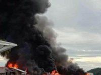 Satu Kapal dan Tujuh Bangunan Dilalap Sijago Merah