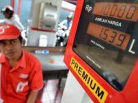 Pemerintah Tunda Naikkan Harga BBM Premium Jadi Rp7 Ribu